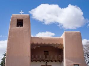 iStock-12586792_cristo-rey-santa-fe-church_s4x3_lg